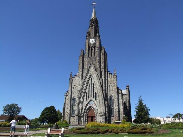 Catedra de Pedra, Brasil